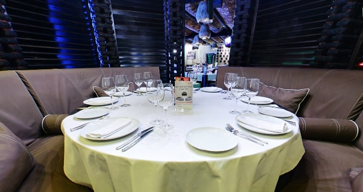 Зал духан ресторан Казбек