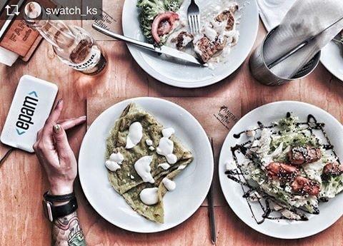 Еда в кафе Фанера в Киеве