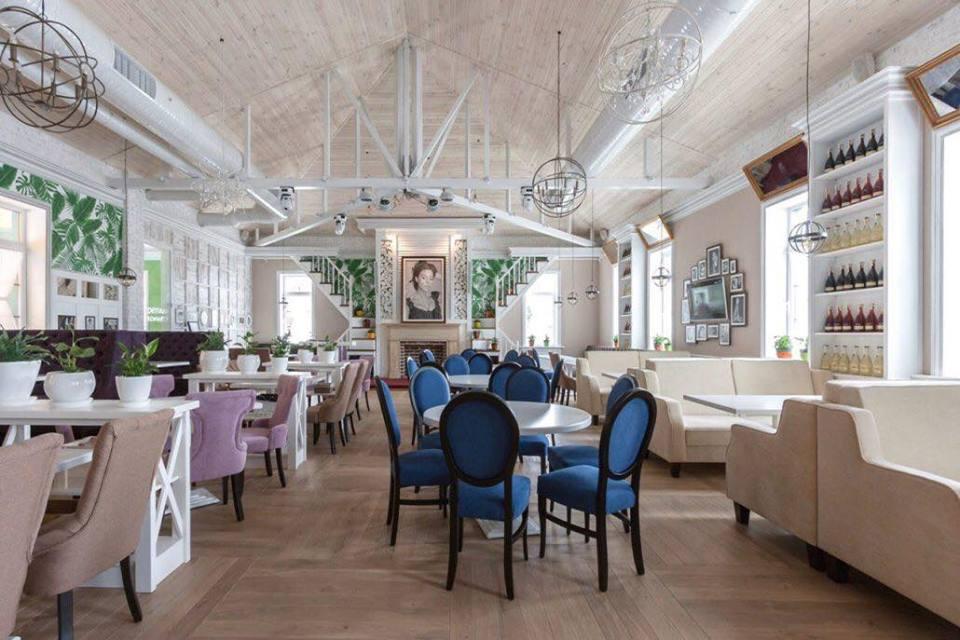 Monica Bellucci ресторан Запорожье фото