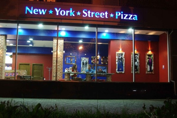 New York Street Pizza фото
