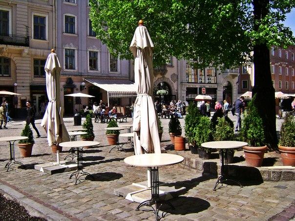 Летняя площадка кафе Ратуша