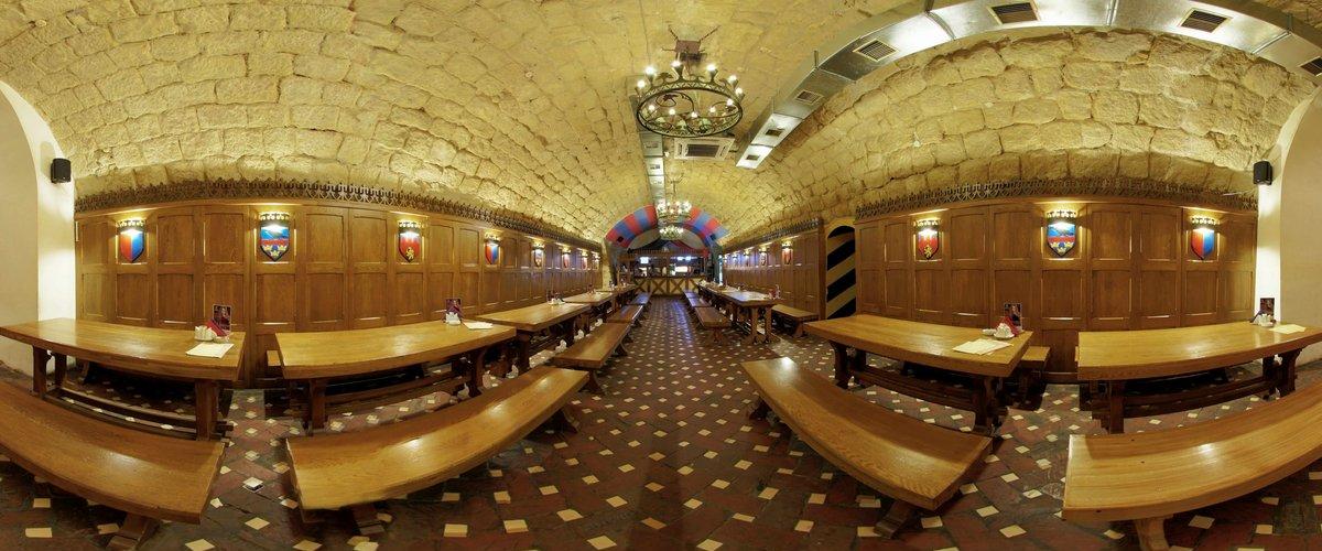 Роберт Домс бар во Львове