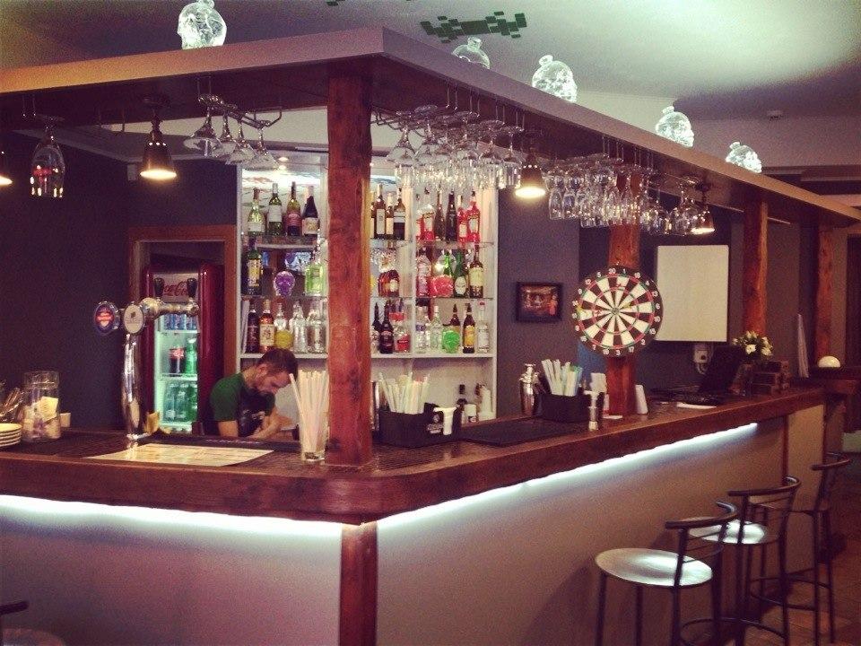 X-бар барная стойка